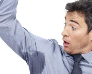 zweetgeur, zweetoksels, vies, geur, tips, voorkomen, kleding
