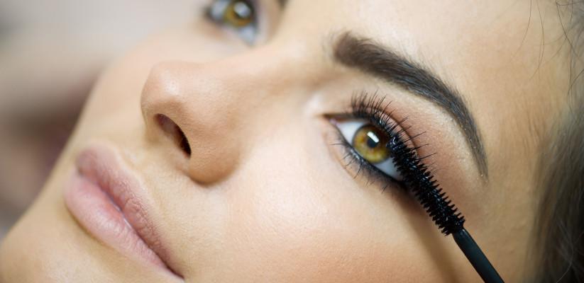mascara, mascaraborsteltje, welke, past het best bij jou, wimpers, ogen, sprekende, intieme
