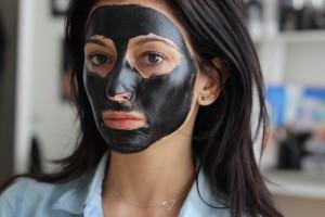 mee eters, mee-eters, neus, gezicht, huid, mee eters verwijderen, mee eters neus, puisten, porien, zwarte puntjes, verwijderen, voorkomen, verzorging